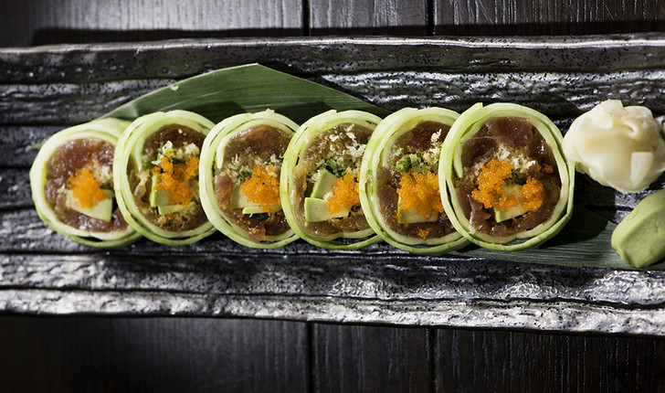 Бал Харбор — рай для гурманов. Для завтрака идеален Zodiac, легкий ужин ищите в Makoto