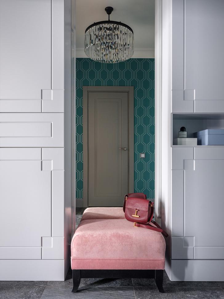 Квартира с синим порталом (фото 5)