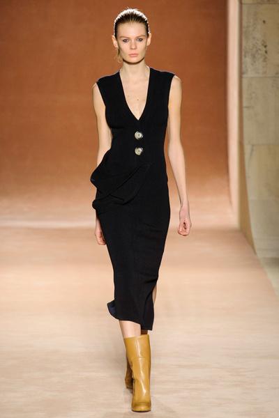 Показ Victoria Beckham на Неделе моды в Нью-Йорке | галерея [1] фото [33]