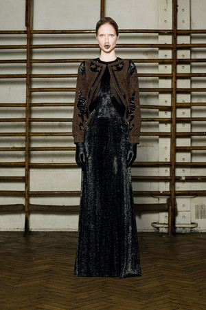 Показ Givenchy коллекции сезона Весна-лето 2012 года Haute couture - www.elle.ru - Подиум - фото 332731