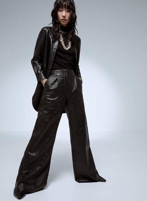Кожаные брюки: какие купить и с чем носить (фото 16.2)