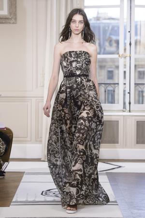 Показ Schiaparelli коллекции сезона Весна-лето 2018 года Haute couture - www.elle.ru - Подиум - фото 671291