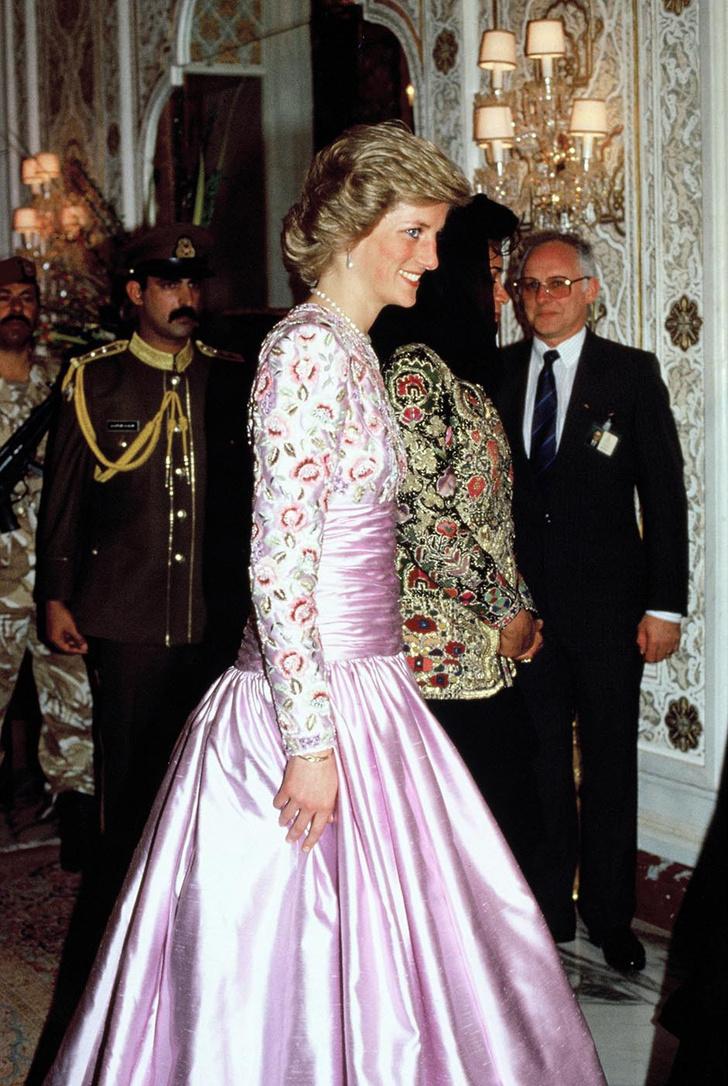 Принцесса Диана – от Букингемского дворца до отеля Ritz фото [6]