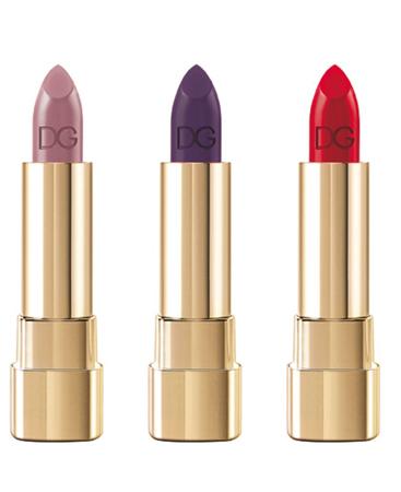 Новые оттенки помад Classic Cream Lipstick (нежный Antique Rose, глубокий Purple Passion и страстный Red Royal)