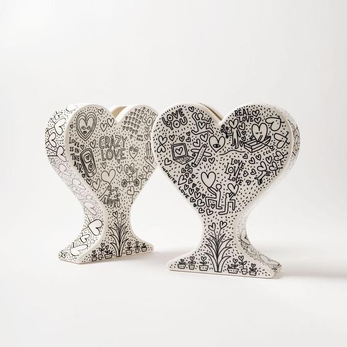 15 ваз в форме сердца: выставка в Мадриде (галерея 6, фото 2)