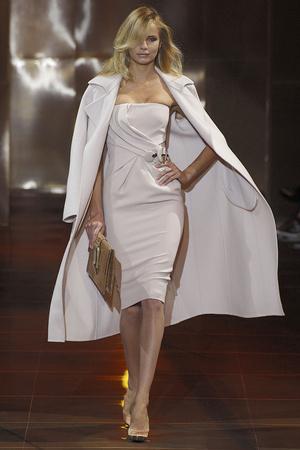 Показ Giorgio Armani Privé коллекции сезона Осень-зима 2010-2011 года haute couture - www.elle.ru - Подиум - фото 167639