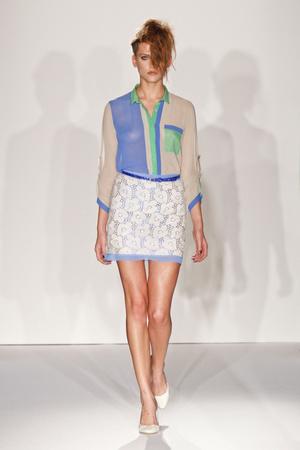 Показ Paola Frani коллекции сезона Весна-лето 2013 года prêt-à-porter - www.elle.ru - Подиум - фото 435061