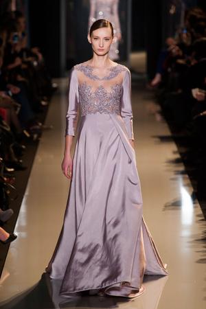 Показ Elie Saab коллекции сезона Весна-лето 2013 года Haute couture - www.elle.ru - Подиум - фото 480401