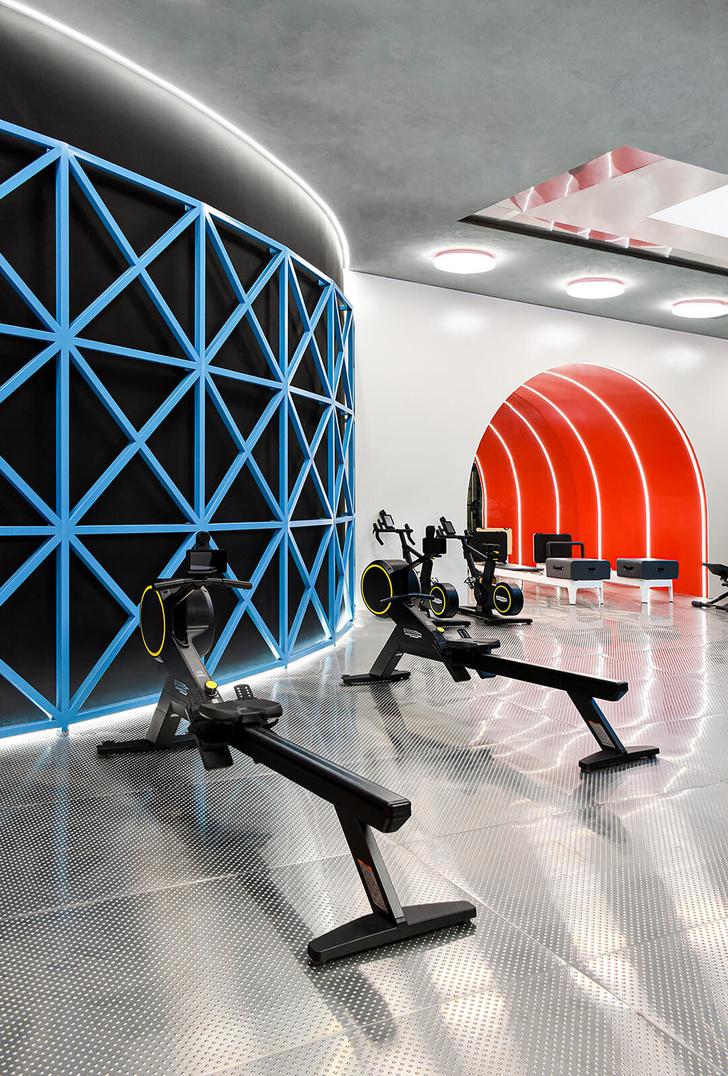 Яркий спортивный клуб в Китае (фото 4)