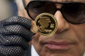Все золотые монеты Chanel уже проданы