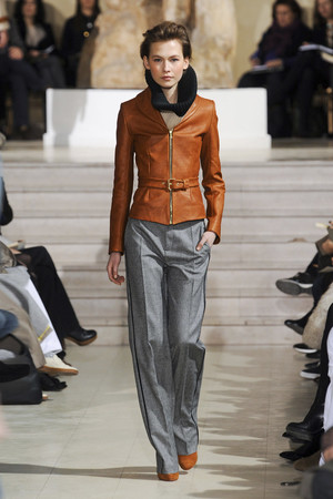 Показ Bouchra Jarrar коллекции сезона Весна-лето 2012 года Haute couture - www.elle.ru - Подиум - фото 330132