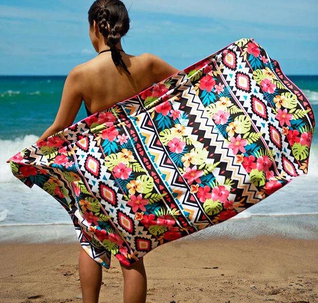 Топ -- 10: Самые модные пляжные полотенца и аксессуары (фото 9)