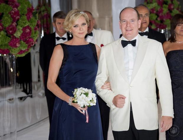 Князь Альбер II и принцесса Шарлин стали родителями близнецов