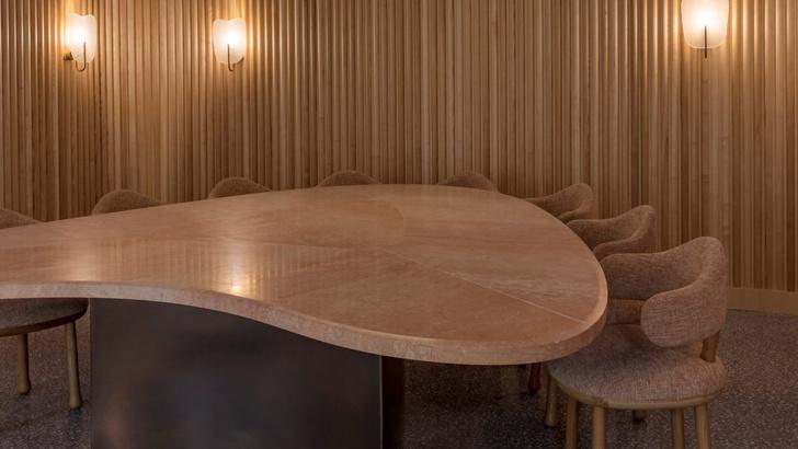 Ресторан по проекту Пьера Йовановича в отеле The Connaught (фото 8)