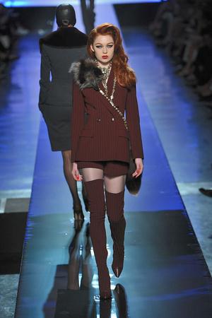 Показ Jean Paul Gaultier коллекции сезона Осень-зима 2009-2010 года Haute couture - www.elle.ru - Подиум - фото 87918