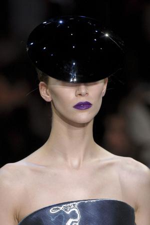 Показ Giorgio Armani Privé коллекции сезона Весна-лето 2011 года Haute couture - www.elle.ru - Подиум - фото 215610