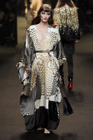 Показ Alexander Vauthier коллекции сезона Весна-лето 2011 года Haute couture - www.elle.ru - Подиум - фото 214927