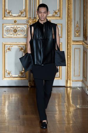 Показ Rad Hourani коллекции сезона Весна-лето 2014 года Haute couture - www.elle.ru - Подиум - фото 575274