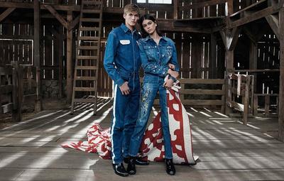 Новые снимки: Кайя Гербер с братом в рекламной кампании Calvin Klein Jeans (галерея 3, фото 1)