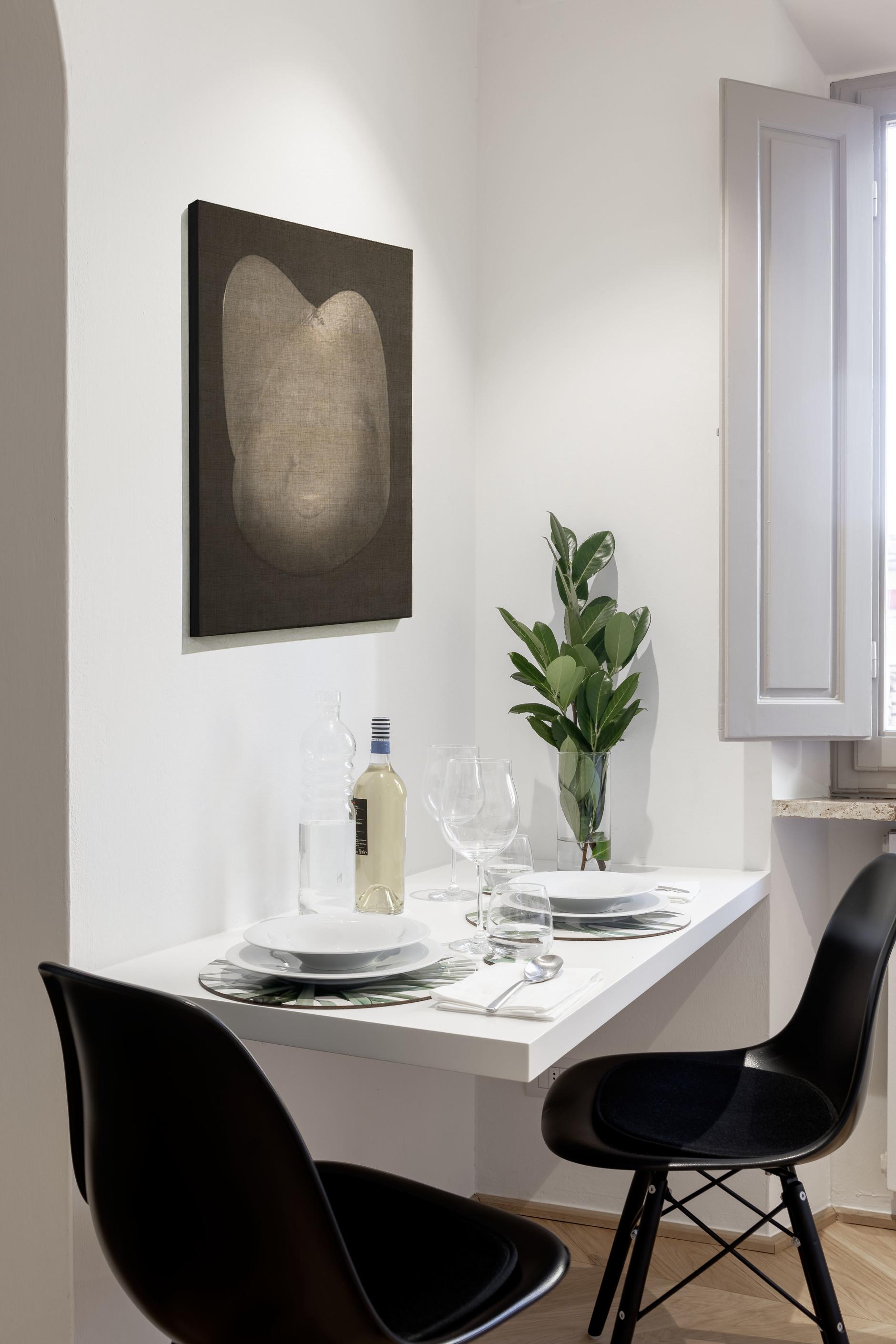 Маленькие обеденные столы (галерея 0, фото 5)