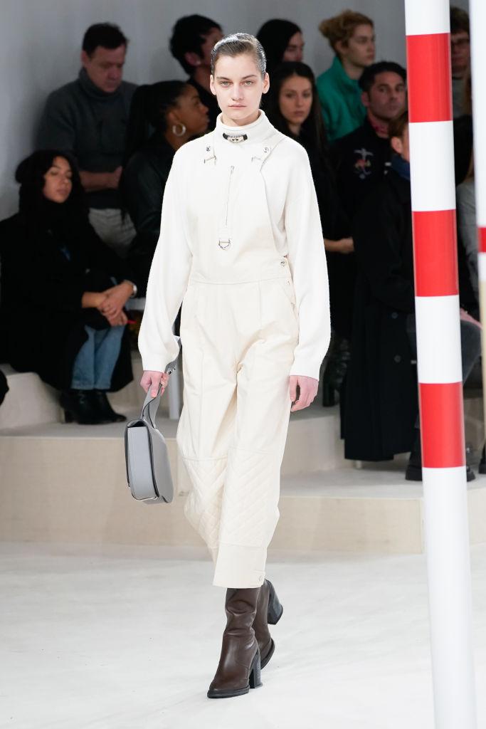 Знай наших: 11 выходов модели Алины Болотиной на Неделе моды в Париже (фото 6)
