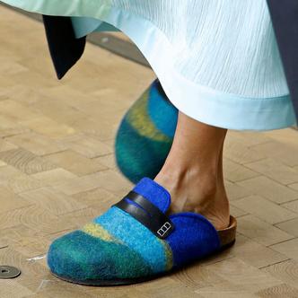 Лоферы — идеальная обувь для весенних прогулок. Какие купить и с чем носить? (фото 7.1)