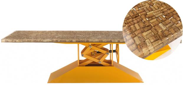 Топ-10: обеденные столы для дачи и сада (фото 3)
