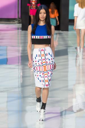 Показы мод Maxime Simoens Весна-лето 2015 | Подиум на ELLE - Подиум - фото 4203