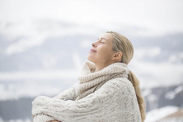 Как ухаживать за кожей зимой: советы экспертов