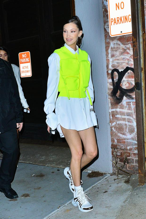 Тренд сезона: носим кислотные оттенки, как Белла Хадид (фото 1)