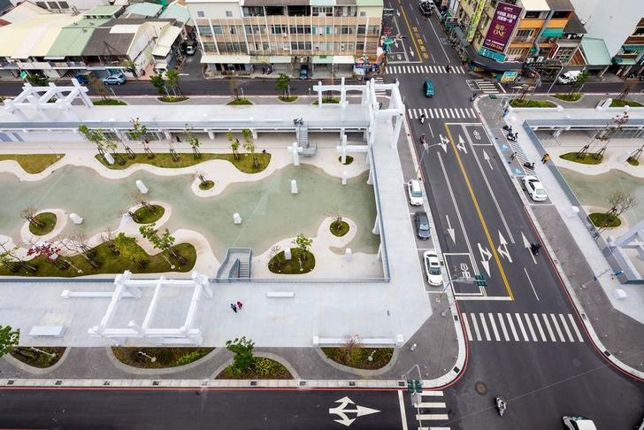 Городской бассейн на месте бывшего долгостроя в Тайнане (фото 0)