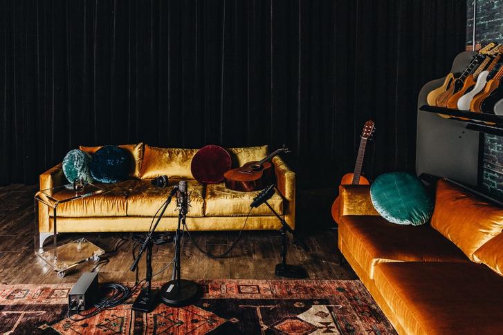 Gold Diggers: бутик-отель, бар и студия звукозаписи (фото 16)
