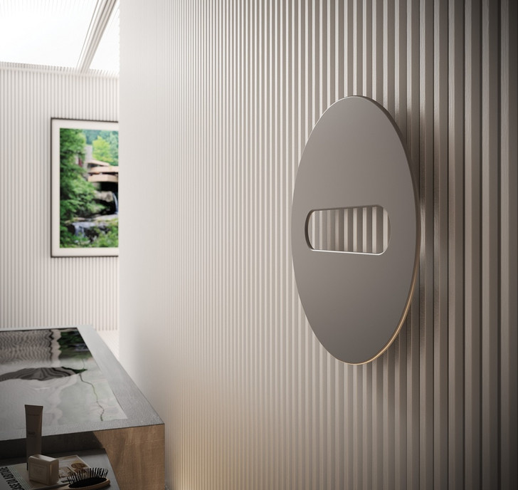 Серый кардинал. Отделки для ванной из металла (фото 6)