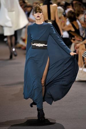 Показ Stephane Rolland коллекции сезона Осень-зима 2011-2012 года haute couture - www.elle.ru - Подиум - фото 278159