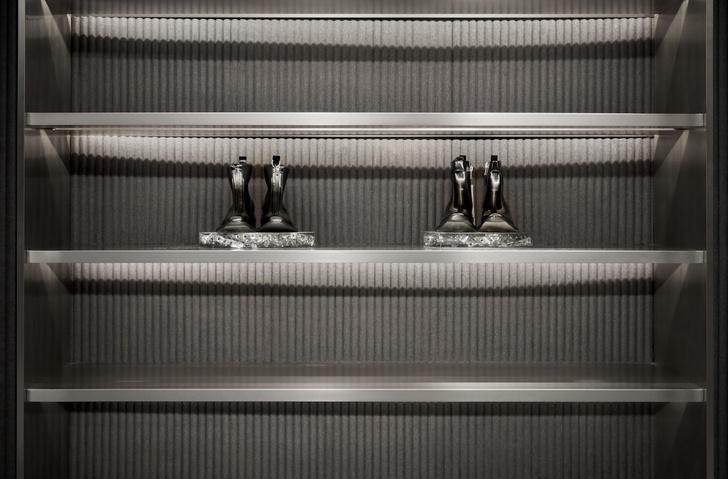 Футуристичный бутик в Гонконге из неперерабатываемых материалов (фото 5)