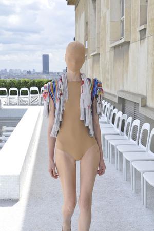 Показ Maison Martin Margiela коллекции сезона Осень-зима 2009-2010 года haute couture - www.elle.ru - Подиум - фото 88124