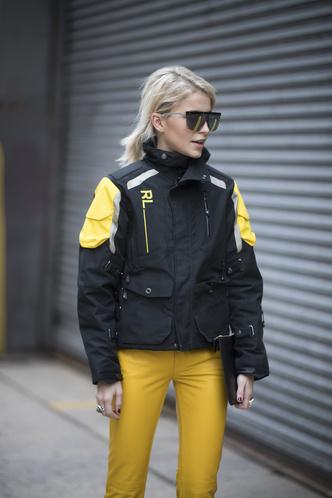 Что носят на Неделе моды в Нью-Йорке: 12 стритстайл-трендов (фото 7.2)