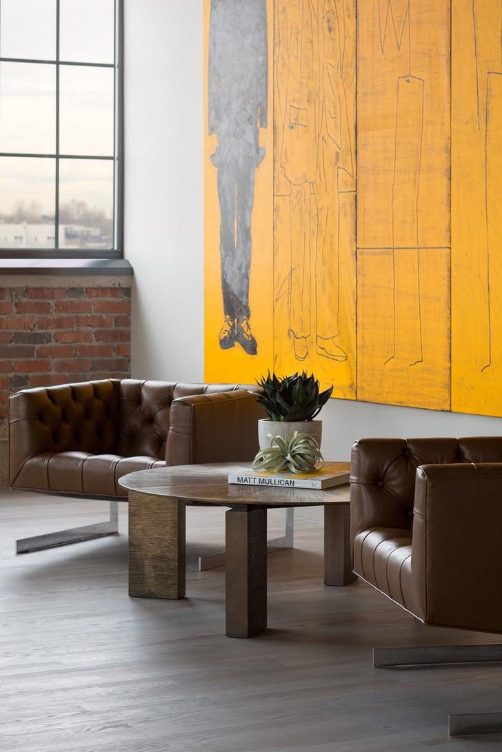 Как сделать интерьер в индустриальном стиле уютнее: 6 идей (фото 11)