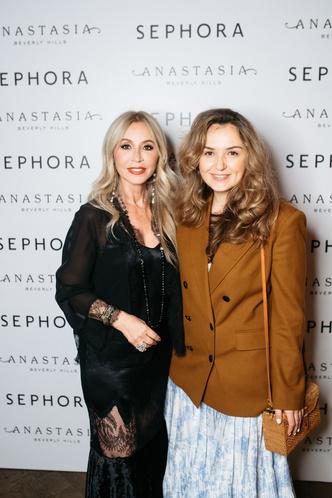 Карина Нигай, Анастасия Суаре и другие на вечеринке по случаю запуска марки Anastasia Beverly Hills (фото 3.1)