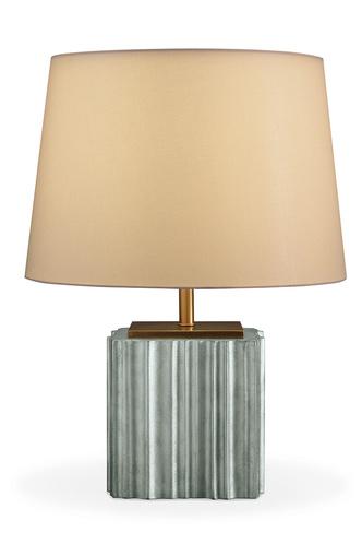 Настольная лампа L'Eau, Baker. Отделка основания — сусальное серебро.
