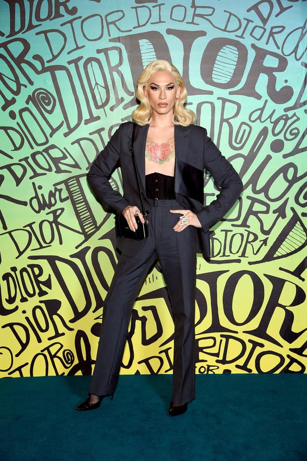 Винни Харлоу, Ким Кардашьян и другие гости показа Dior (фото 5)